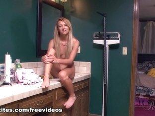 Fabulous pornstar Carmen Callaway in Crazy Blonde, Casting porn clip