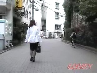 Incredibly hot sharking encounter with two sluts being totally surprised