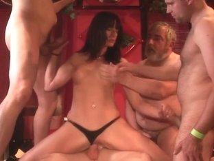 Sperma-Studio: Cumshots + Fisting - L. Lasalle - Teil1