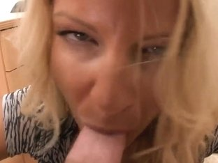Depriving Robbye Bentley of her female love juice