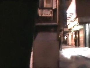 Clip Hawt Gal Flashing On Public Road Early In Morning