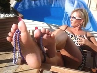 CUM ON LADY B FEET