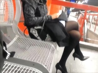 Candid shiny black opaque tights with faceshot