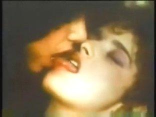 Vintage lesbian kisses