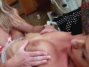 Hot lesbians Brianna Ray and Randi Tango