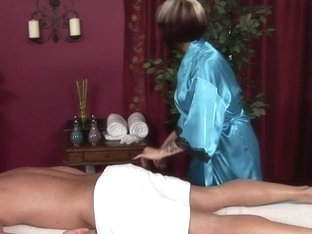Massage-Parlor: The Return Of Eric Rich