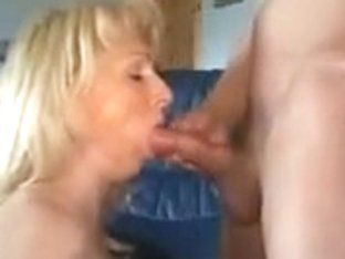 German older hotty likes anal