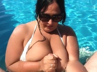 Bikini Blowjob Slut in the Swimming Pool - Private Blowjob Handjob - Fuck my Tits - Cum in my Mouth
