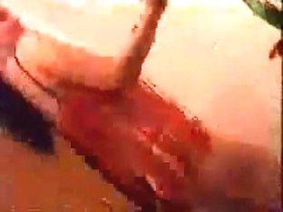 egyptian abdomen dancer doing her stuff