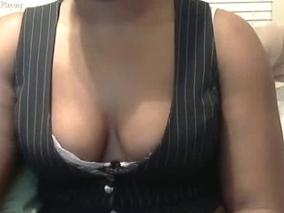 Showing my tits on webcam for Johnny