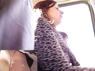 Hose upskirt filmed in a bus