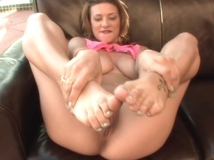Awesome body with some magical foot job