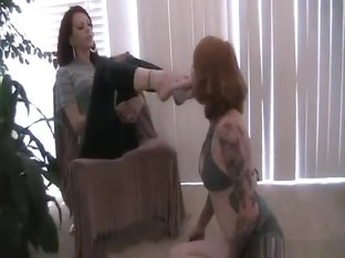 Miss Crash Female Slave FootDom