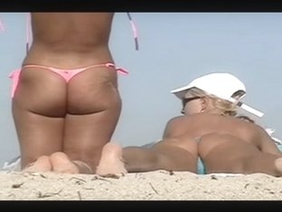 Voyeuchamp- Topless Beach #139