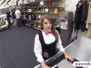 Card dealer pawns her tablet and fucked by horny pawnkeeper