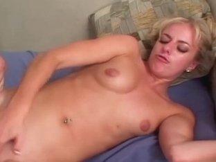 Dick sucking swallowers comshots