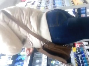 spy sexy ass in supermarket romanian