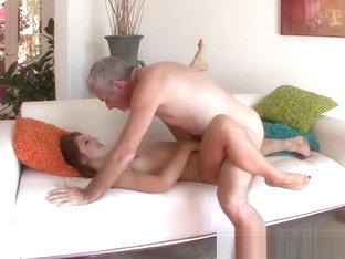 Naughty Ariana Grand seduces stepdaddy into fucking her