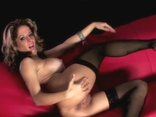 HotGold Video: Voluptuous Ana