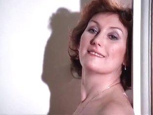vip nude hostess lema Paula