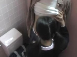 Public Toilet After-school Girls Want To See A Ochin ? Naive Application-infested Raw