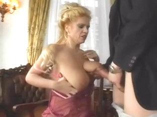 Titten pics saggy Saggy tits