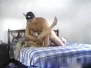 Horny blonde usa girl can't wait to get fucked, but her bf precums in under 1 minute.