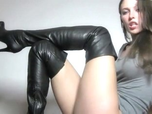 Amazing brunette in boots joi