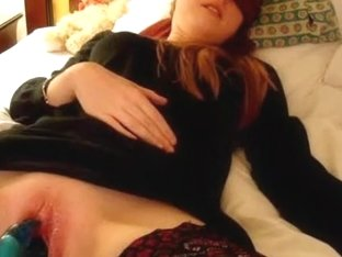 Massive dildo penetrations recorded on the cam