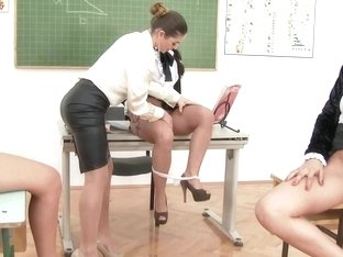 Classy lesbo students pussylicking teacher