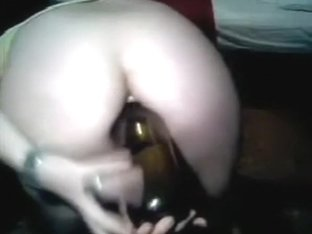 webcam erika horny milf cum with flask in the ass