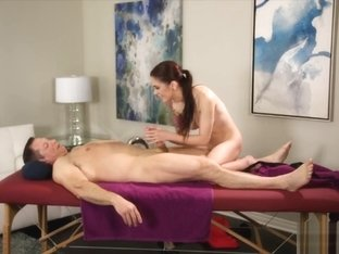 Tight Masseuse Anna Deville Railed By Client After Massage