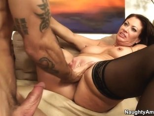 Vanessa Videl & Alan Stafford in Seduced by a Cougar