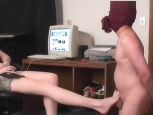 Goddess Wiskey- Foot Worship and Ballbusting Cum