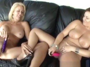 69 lesbi sexes licking