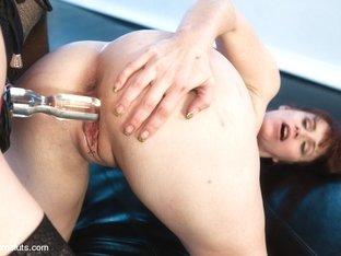 Ashley Fires  Bella Rossi in Electro-Sex Slave: Bella Rossi - Electrosluts