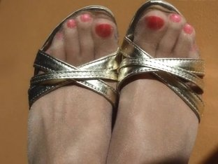 Hot Pink Toes in Shiny Nude Pantyhose