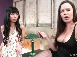 Hot lesbian anal bangs young step mom