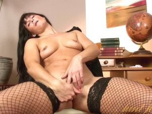 Video from AuntJudys: Lelani Tizzie