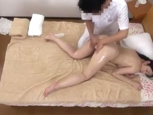 Hottest Japanese chick Rika Momoi, Mao Yura, Reiko Kobayakawa in Fabulous Couple, Massage JAV video