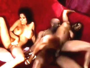Alexis Amore gets Nat's black thug cock (w Jada Fire)