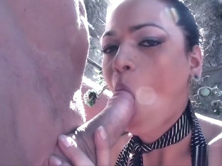 Brunette shemale outdoor with cumshot