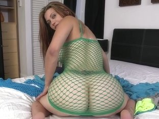 White Girl With A Huge Ass Fucked