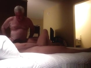 Fat old man has fun with 2 pattaya girls in his hotelroom