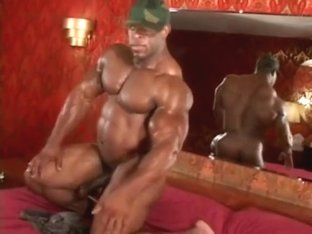 Rodney StCloud - Ghetto Military Muscle Posing