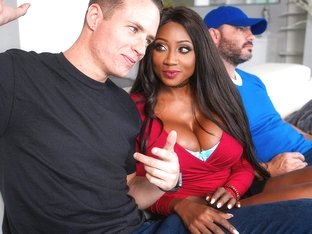 Diamond Jackson & Justin Hunt in Eye on the Infield - BrazzersNetwork