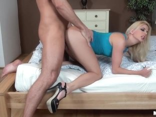 Jessie Volt - Sweet French Pussy !