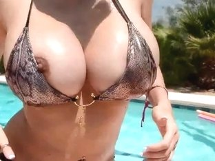 Breasty Boobies Moist in Pool