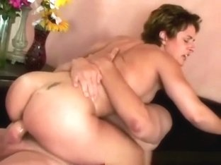 Bodybuilder Babe Cory Gates Pleased By Dildo And Cock