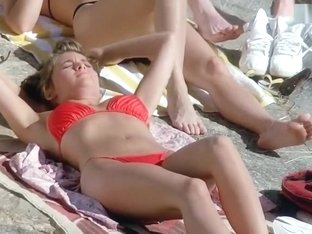Sherilyn Fenn - Topless in Public, Sexy in Bikini - The Wraith (1986)